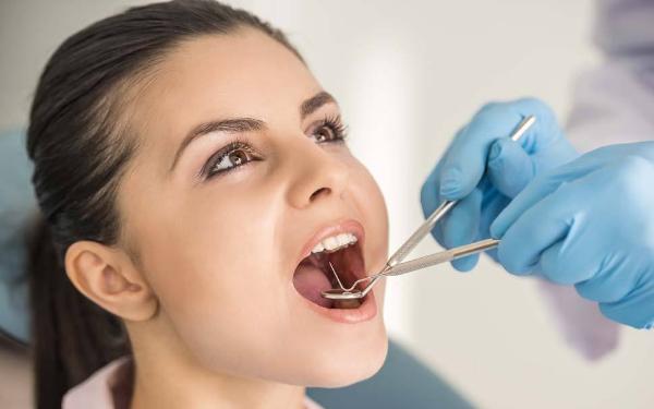 做多颗牙种植怎么样?好吗?