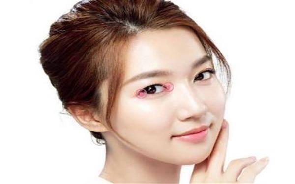做双眼皮修复需要多少钱?费用是多少?