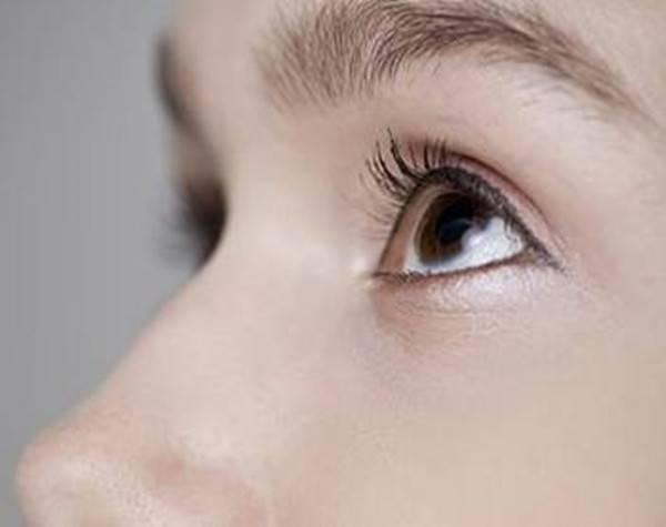 广州做双眼皮修复价格是多少?