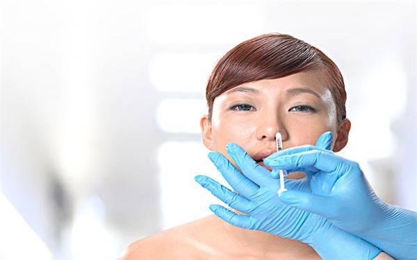 做隆鼻失败修复优点有哪些?