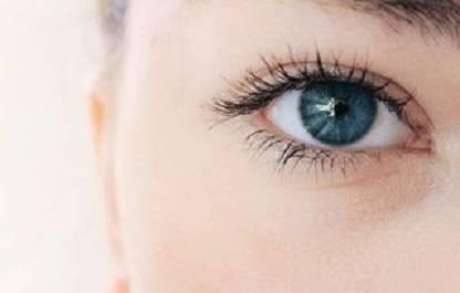 去眼部脂肪粒的方法