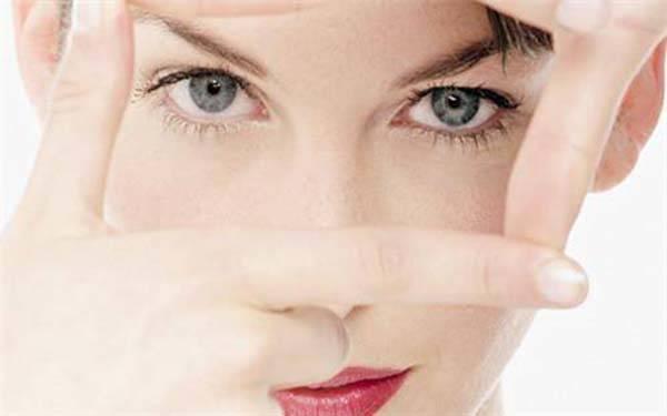 去眼角细纹打玻尿酸价格