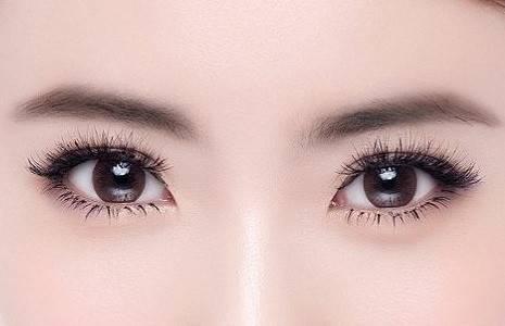 双眼皮第二天需要注意什么