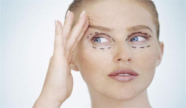 玻尿酸去眼袋的效果如何