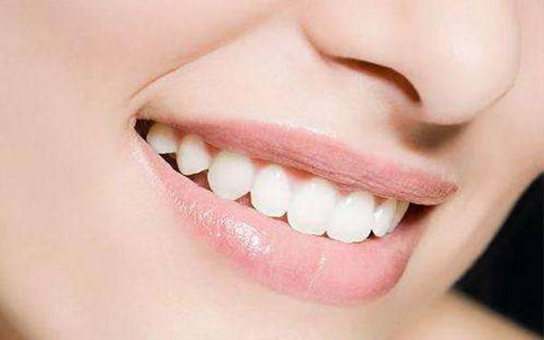 种植牙有哪些危害