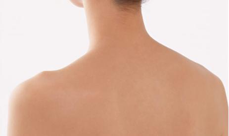 背部吸脂后需要怎么护理