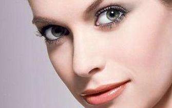 疤痕体质能割双眼皮吗