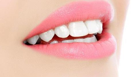 韩式纹唇线可以使嘴变小吗