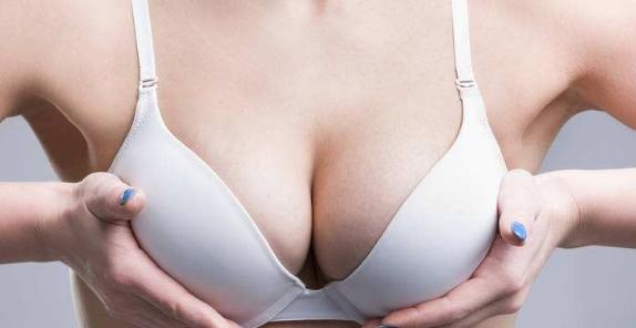 自体脂肪注射隆胸术安全吗