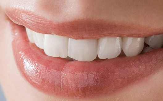 玻尿酸丰唇后如何护理