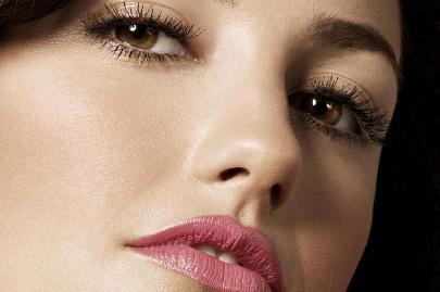 自体脂肪丰唇是永久的吗