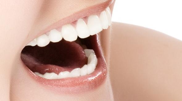牙齿瓷贴面效果怎么样