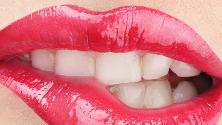 前牙种植怎么样