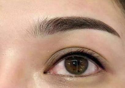 美瞳线大概多少钱