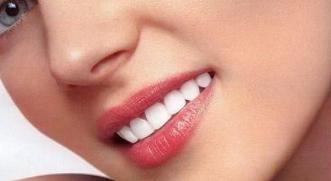 怎么样让嘴唇变薄变小