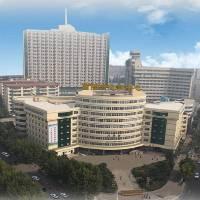 信阳市中心医院眼科激光近视飞秒